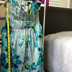 For Sale floral turquoise dress sz6 the limited.
